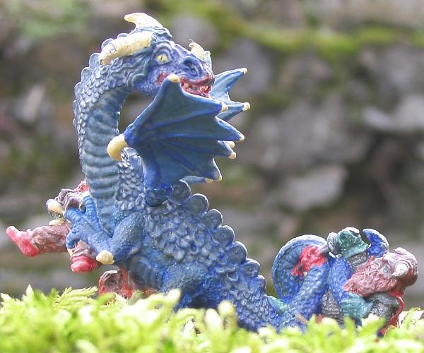 http://www.foto-figurines.com/figurines/heroic-fantasy/dragon-bleu-c.jpg